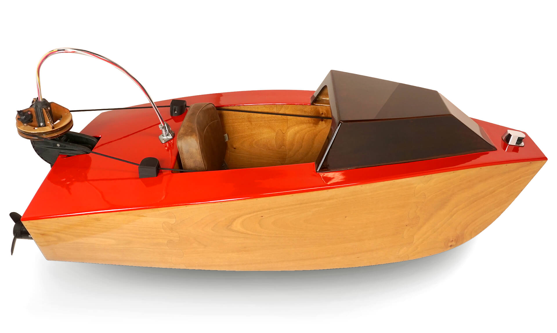 A side / top view of the mini electric boat